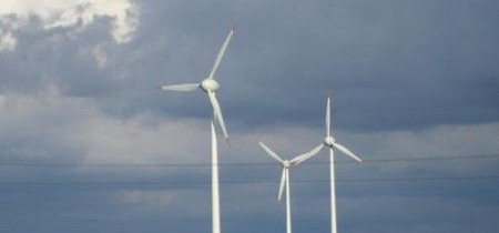 Sustainables jobs surge fades as wind farms face axe